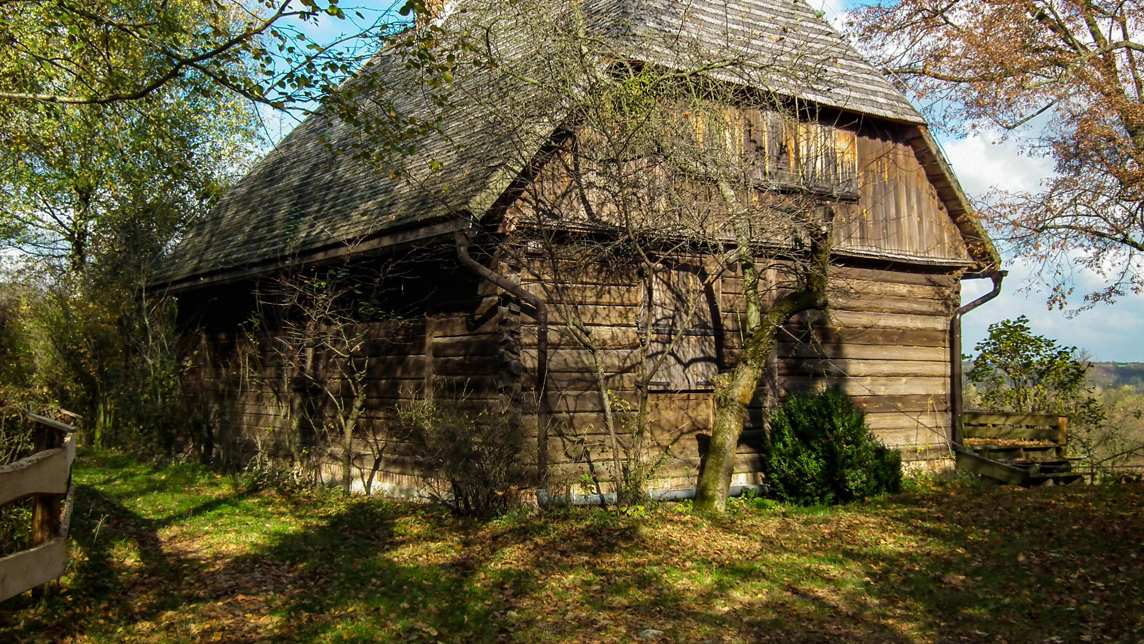 Kazimierz Dolny, Mięćmierz, stara chata