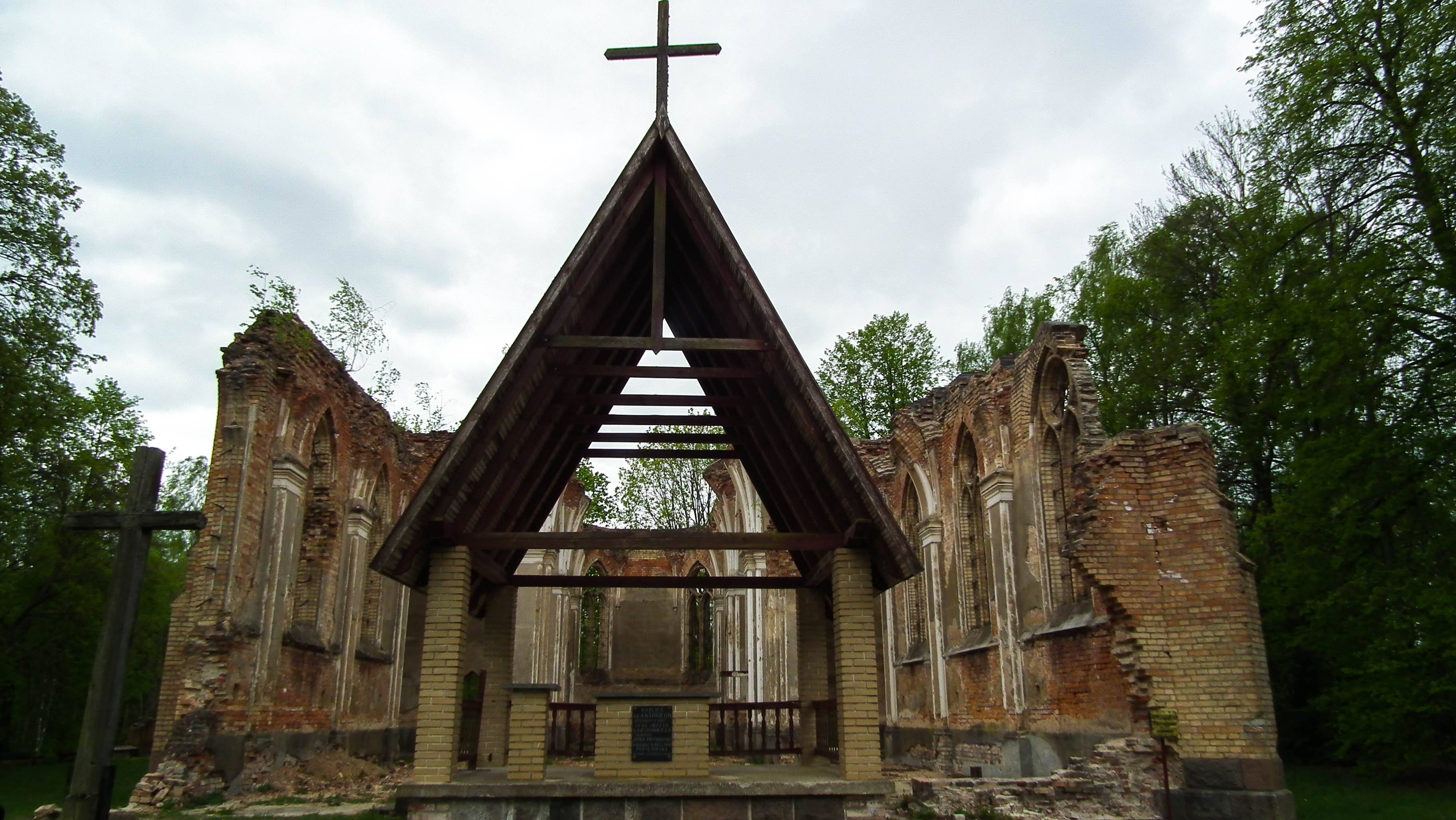 ołtarz polowy w Janówce