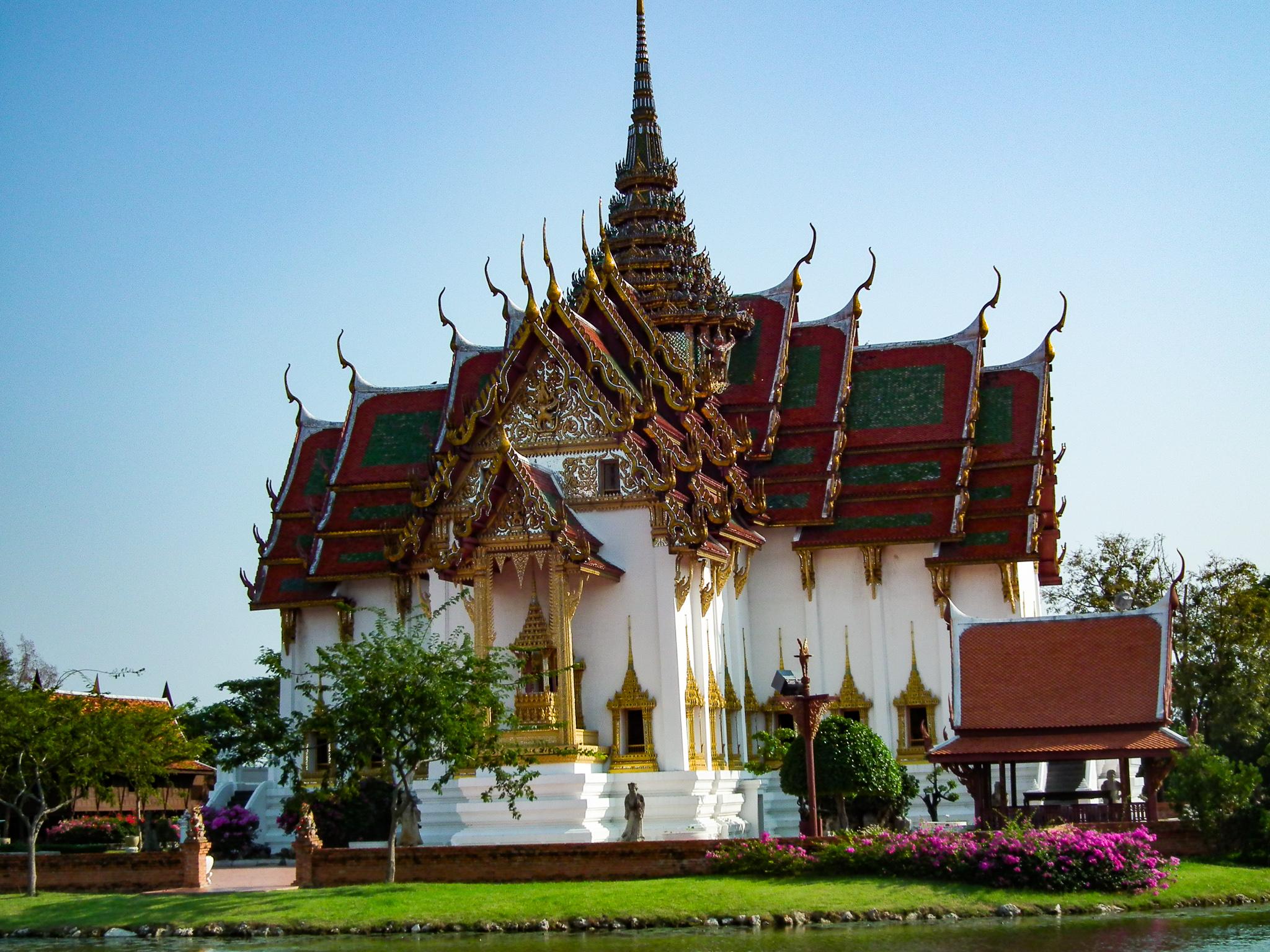Replika nieistniejącego pałacu w Ayutthaya