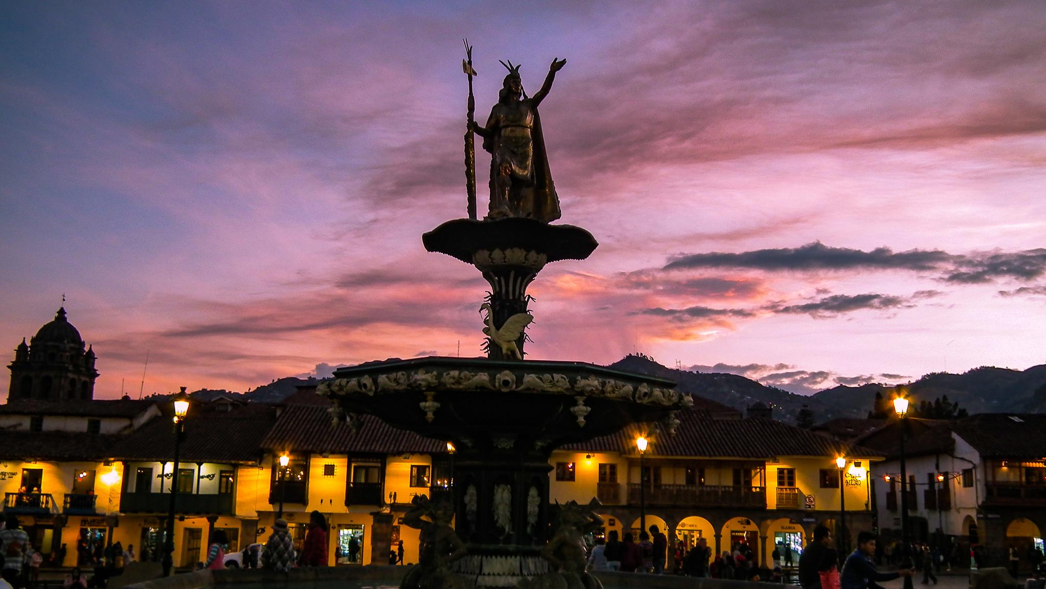 Statua Pachacuti