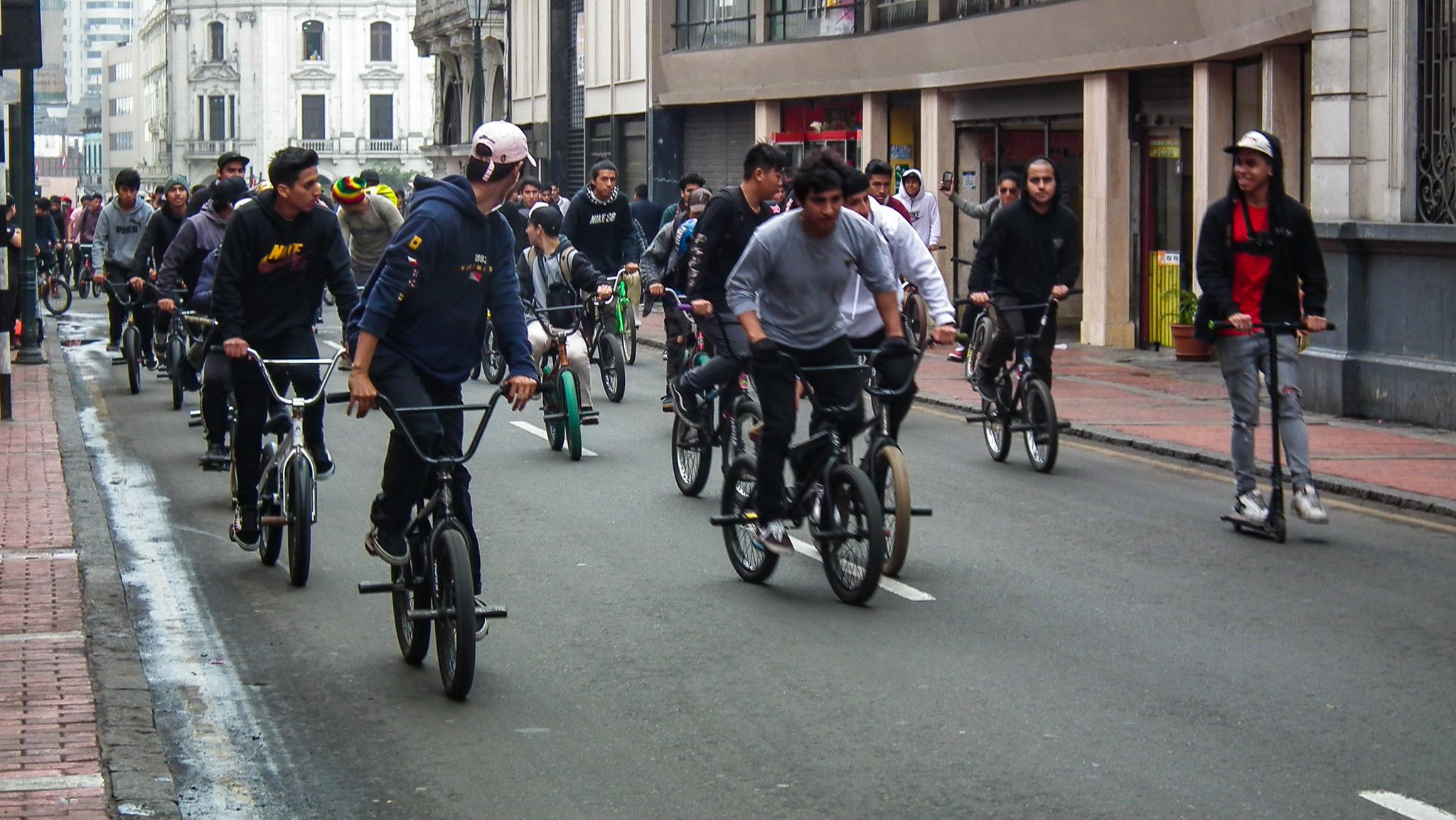 rowerzyści w Limie