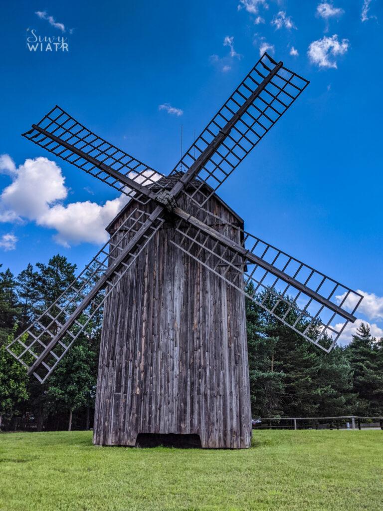 wiatrak koźlak z 1863 r.